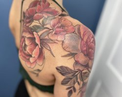 Karly-Clearly-tattoo011