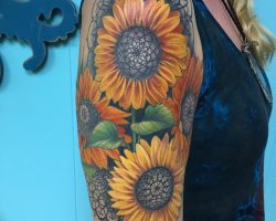Karly-Clearly-tattoo022