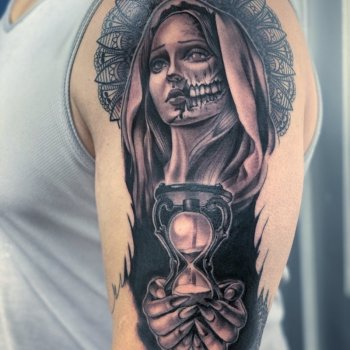 Karly-Clearly-tattoo023