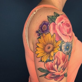 Karly-Clearly-tattoo089